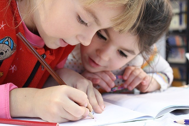 Consejos para los maestros: Cómo logran auxiliar los padres